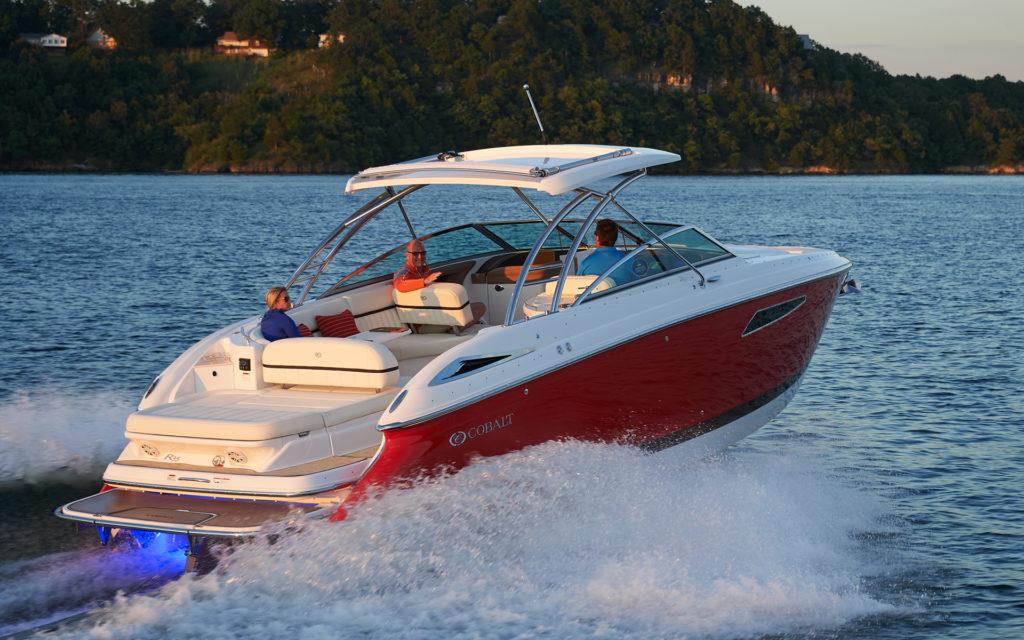inshore yachts cobalt boat R35 golfe juan côte d'azur