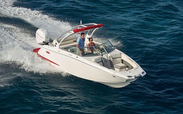 inshore yachts cobalt boat 25SC golfe juan côte d'azur