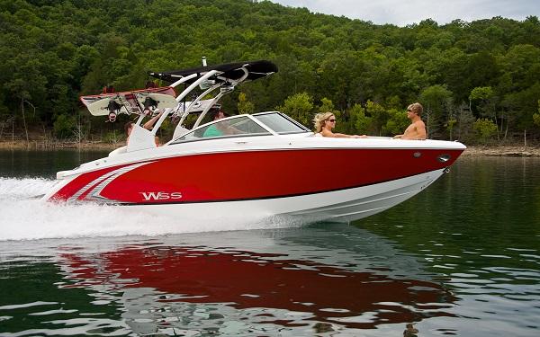inshore yachts cobalt boat R3 WSS golfe juan côte d'azur