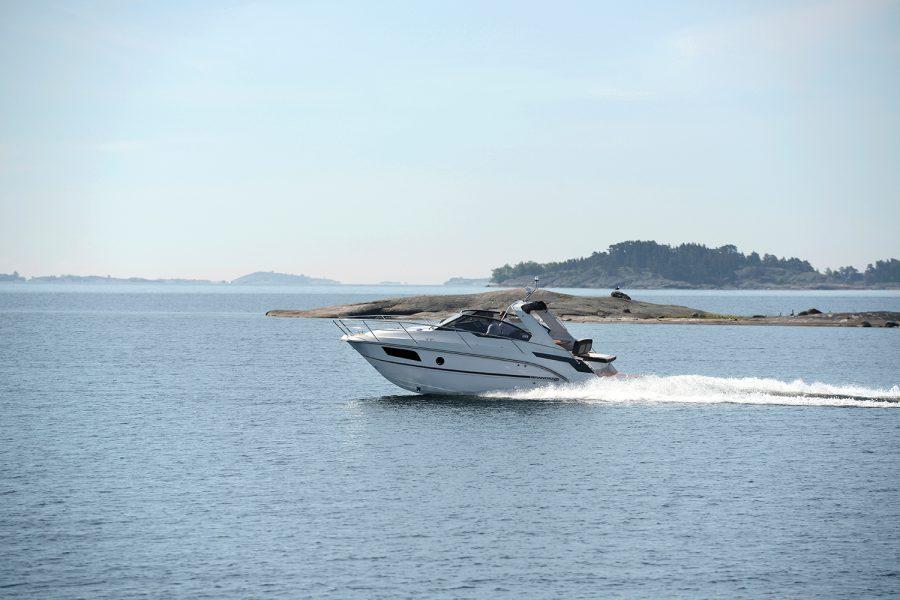 inshore yachts grandezza 28 DC golfe juan cote d'azur